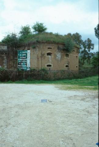 Area 1060: l'ingresso al  forte Prenestino e parte dei giardini circostanti
