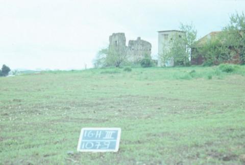 Area 1079: la torre vista da NO
