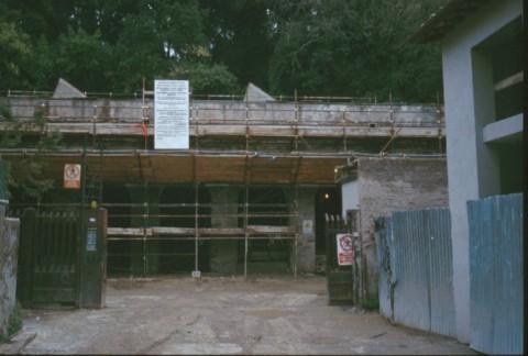 Area 112: i ponteggi che interessano le strutture di Villa Poniatowsky