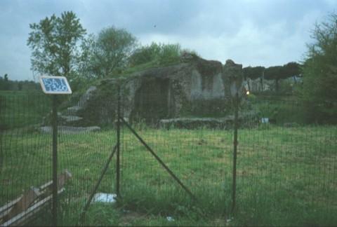 Area 1340: il sepolcro-fortezza C