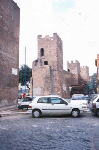 Area 156: torri quadrdate del tratto Al delle mura Aureliane