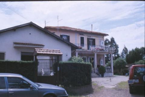 Area 2375: il casale Centro del Bivio