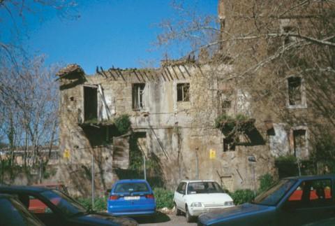 Area 301: la facciata del casale