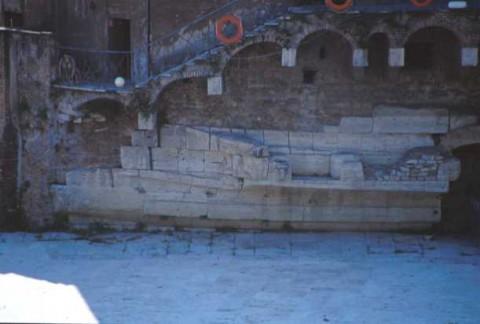 Area 3716: particolare della prua di nave