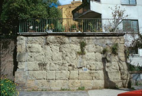 Area 762: la struttura muraria
